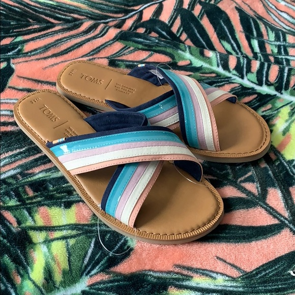 TOMS Striped Flat Sandals Size 6.5 NEW